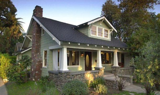 Craftsman Bungalow Located Historic Garfield Heights