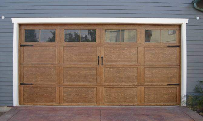 Craftsman Style Garage Door Group Tag