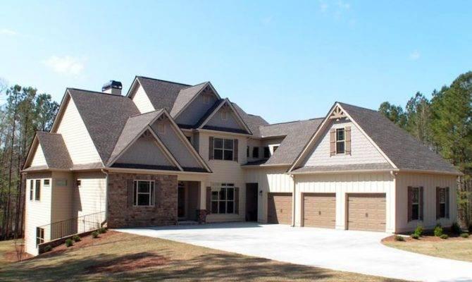 Craftsman Traditional House Plan