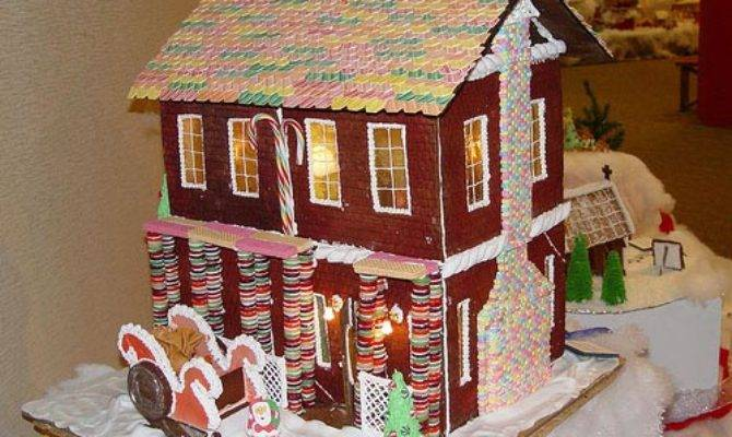 Custom Christmas Gingerbread House