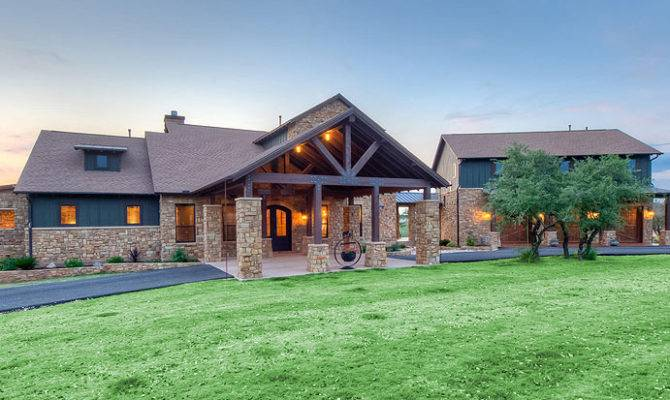Custom Home Builders New Construction Austin
