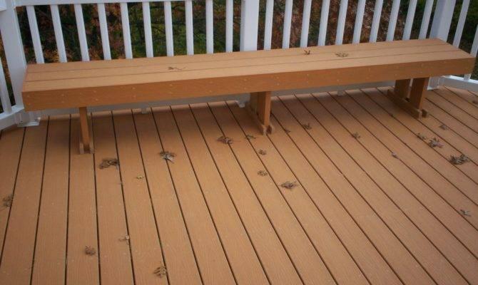 Deck Design Louis Features Embellishments