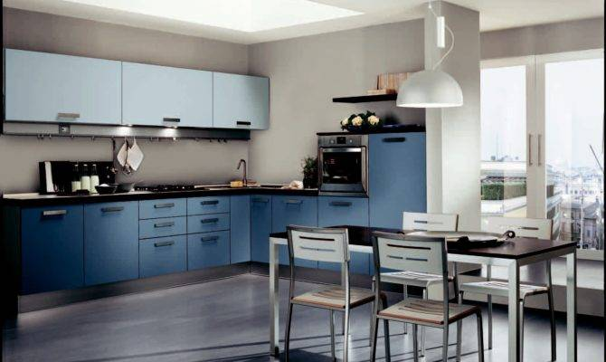 Design Master Kitchen Does Not Seem Empty
