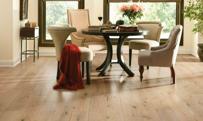 Dining Room Flooring Guide Armstrong Residential