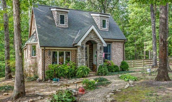 Dreaming Storybook Cottage Discovering Franklin