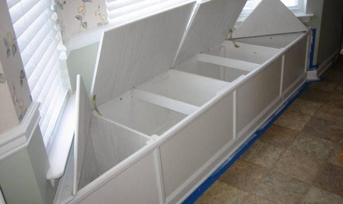 Dumdun Window Seat Woodworking Plans