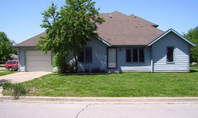 Duplex Plans Garage Middle