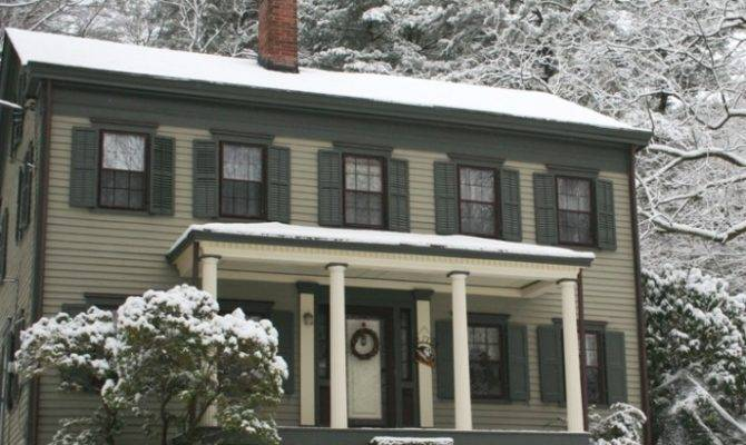 Early Century Federal Style Historic House Colors