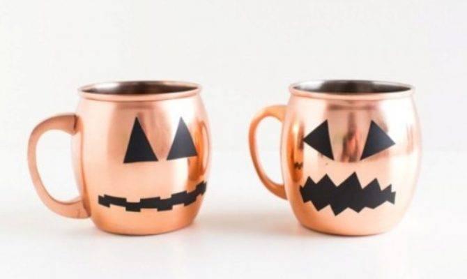 Easy Diy Halloween Glassware Decals Shelterness
