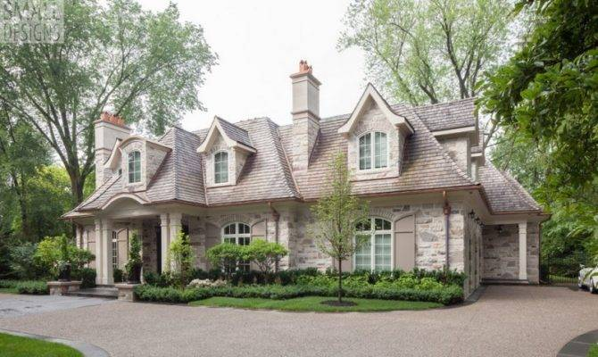 Elegantly Effortless Classically Styled House Has English