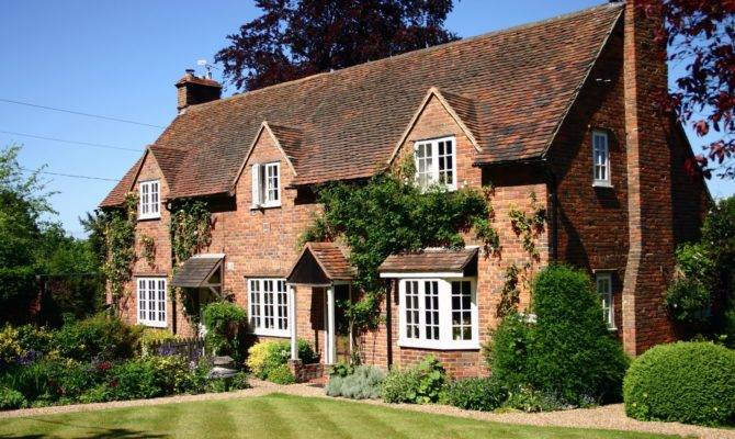 English Country Cottage House Foto Artis Candydoll