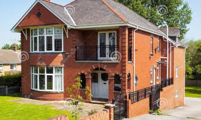 English House Garden Facade