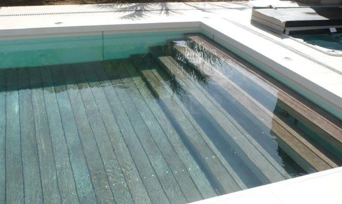 Escalier Guy Farrier Has Designed Movable Swimming Pool Floor