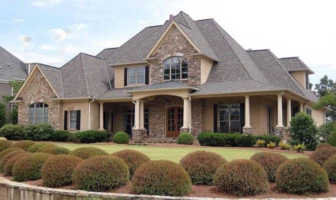 European Southern Traditional House Plan