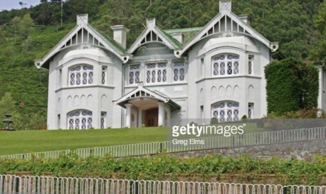 Facade Colonial House Foto Getty