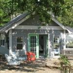 Farm Fresh Decor Backyard Vacation Home