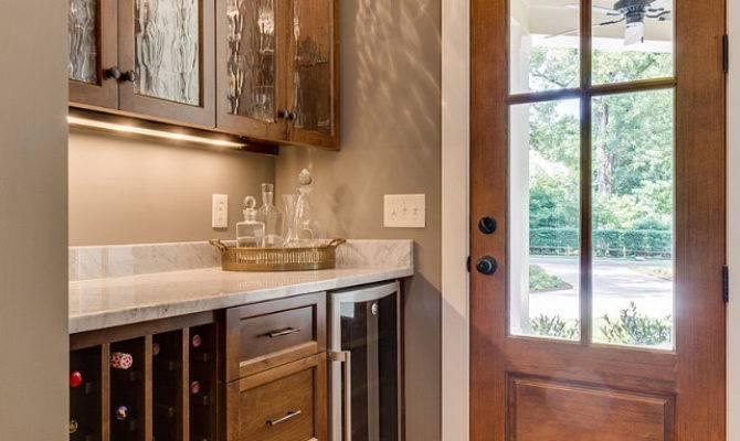 Farmhouse Inspired Design Home Bunch Interior Ideas