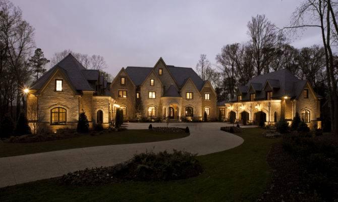 Few Luxury Mansions Modern Diy Art Designs