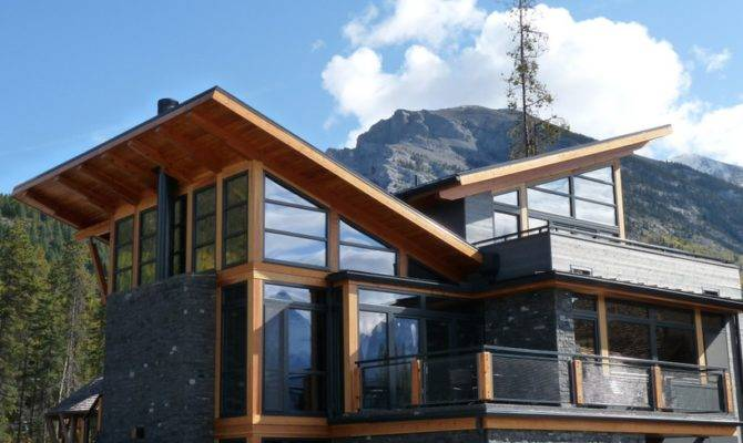 First Home Has Mix Mountain Modern Styles