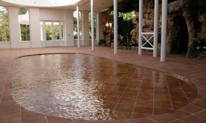 Floor Pool