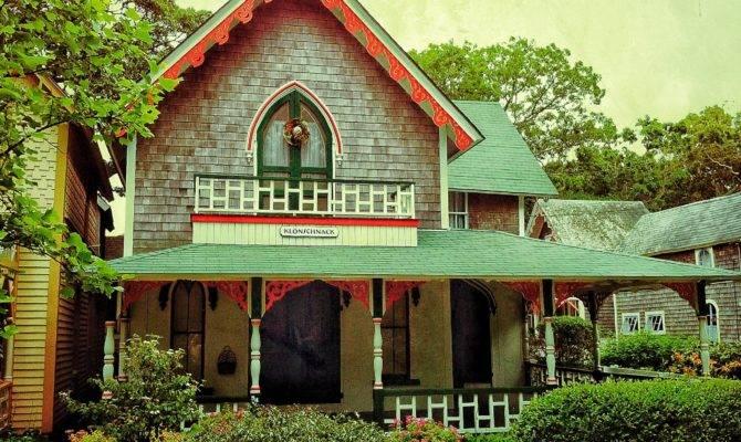 Folk Victorian Style Craftsman Blog