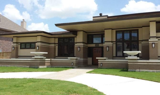 Frank Lloyd Wright Inspired Homes