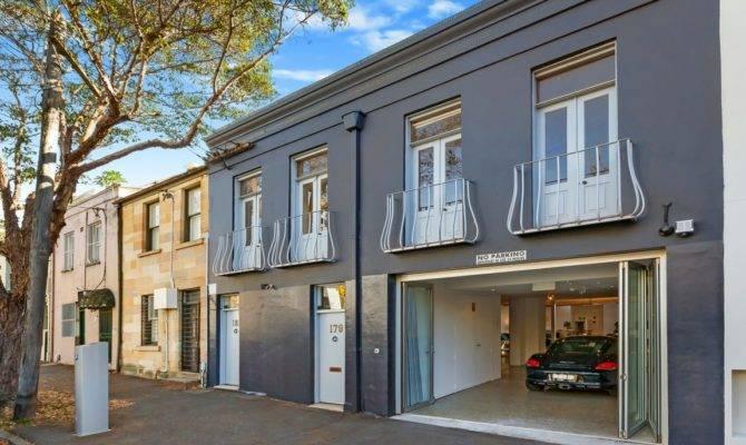 Garage Morphs Into Interior Row Home