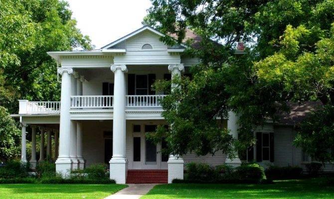 Georgetown Texas Historic Homes University Avenue