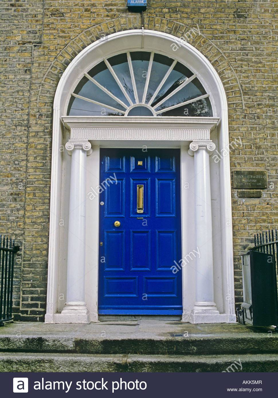 A Peek Inside Georgian Style Front Doors Ideas 15 Pictures House Plans