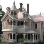 Gingerbread House Built Has Queen Anne