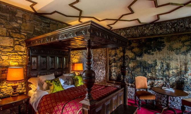 Gloucestershire Castle Tudor Bedroom Exclusive