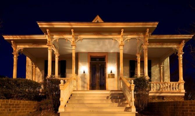 Goodnight Raleigh Look Art Architecture