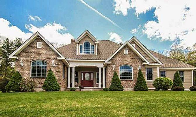 Gorgeous Sqft Brick Ranch Pond Rockwell Road
