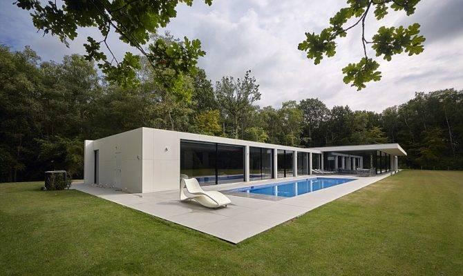 Grand Designs Features Vast Project Lounge Big Enough Four