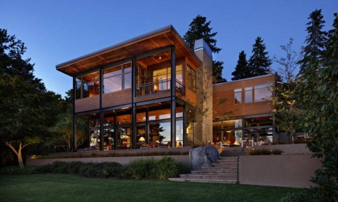 Grand Glass Lake House Bold Steel Frame