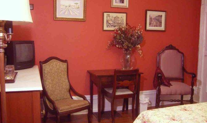 Granny Suite Spa Room