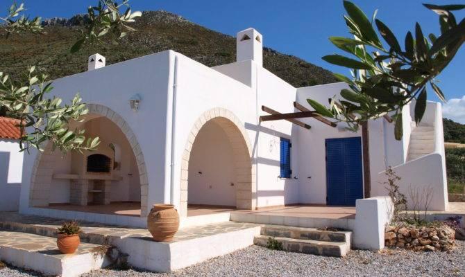 Greek Homes Surripui
