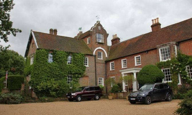 Henhurst English Country House