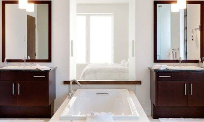 His Hers Separate Bathrooms Houzz