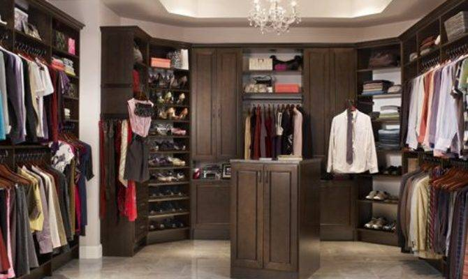 His Hers Walk Closet Houzz