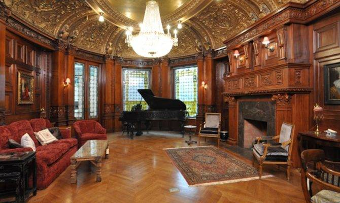 Historic Burrage House Pricey Pads