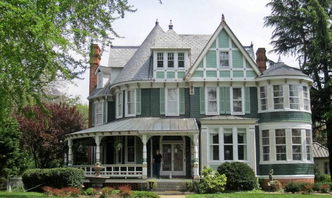 Historic Queen Anne Victorian Houses House Style Design