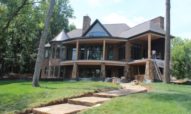 Hollowcrest Six King Homes