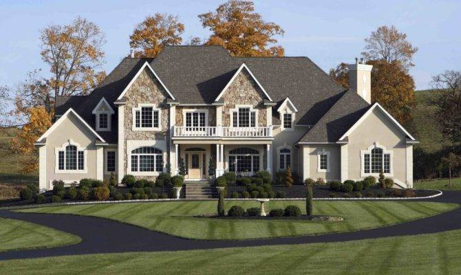 Home Buying Big Houses Making Comeback