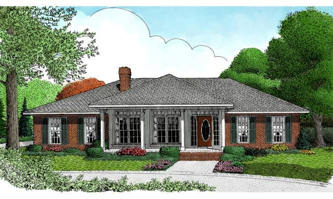 Honeydale Traditional Ranch Home Plan House