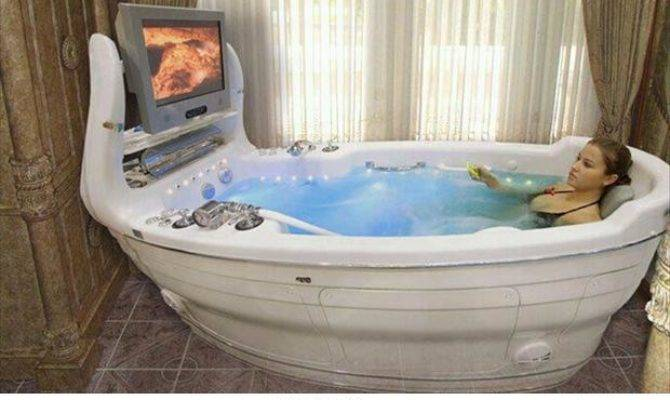 Hot Tub Memey