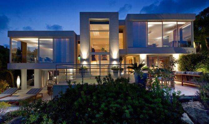 House Ever Designed June Modern Entrances