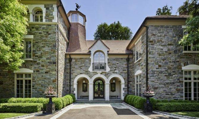 House Week Breathtaking Villanova Haven