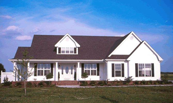 Houseplans Wellborn Story Farm House Plan