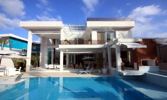 Huge Beach Houses Trecase House
